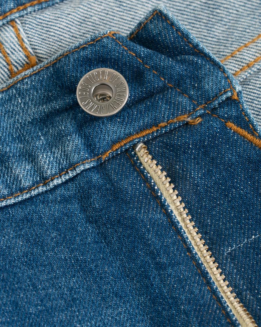 78 lang stretch jeans med frynser